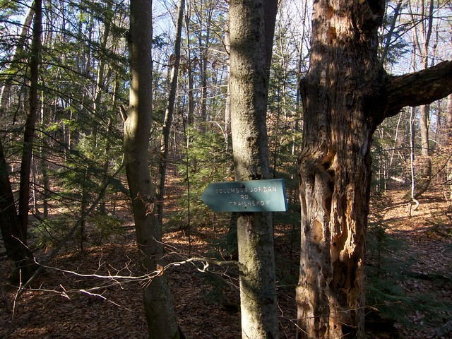 0:08:19 (14%): sign hiking newhampshire meriden frenchsledges