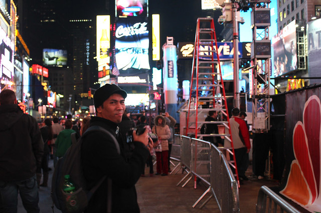 agent j in Times Square