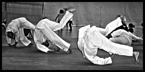 Practicando Mae Ukemi   by Angellote
