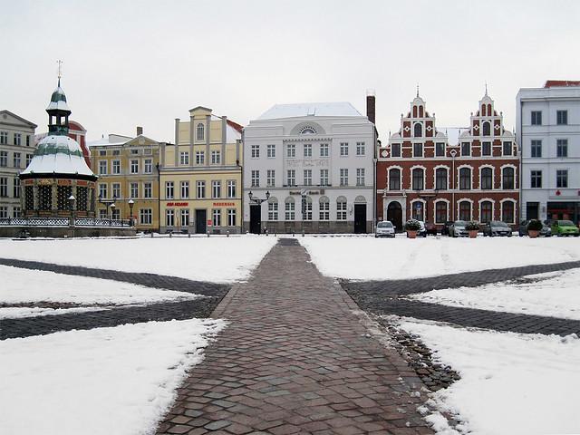Wismar - Marketplace in winter