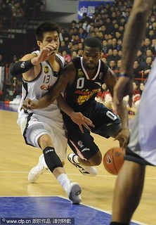 December 14th, 2011 - Aaron Brooks drives to the basket for his Guangdong Dongguan Bank Hongyuan Tigers | by ballclub