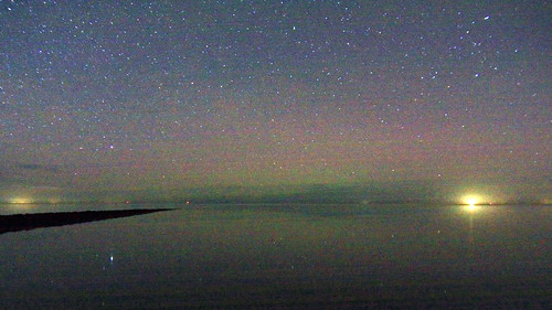 Noorderlicht boven de waddenzee | by FotoVins