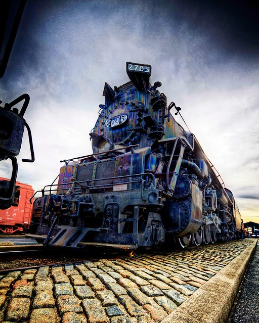 Locomotive in HDR