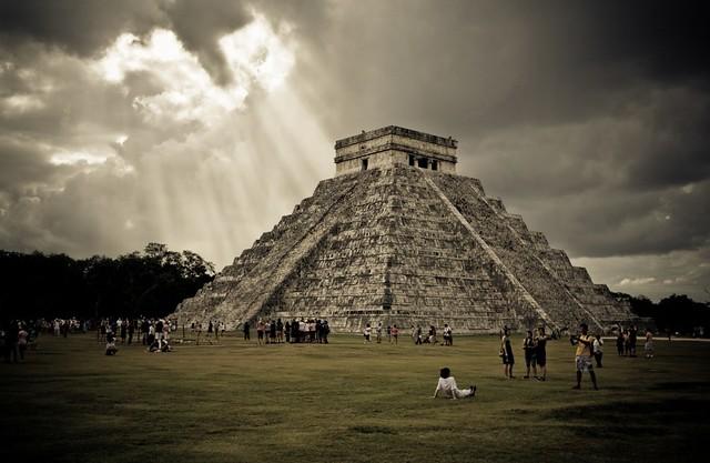 El Castillo @ Chichén Itzá / Mexico (UNESCO world heritage)