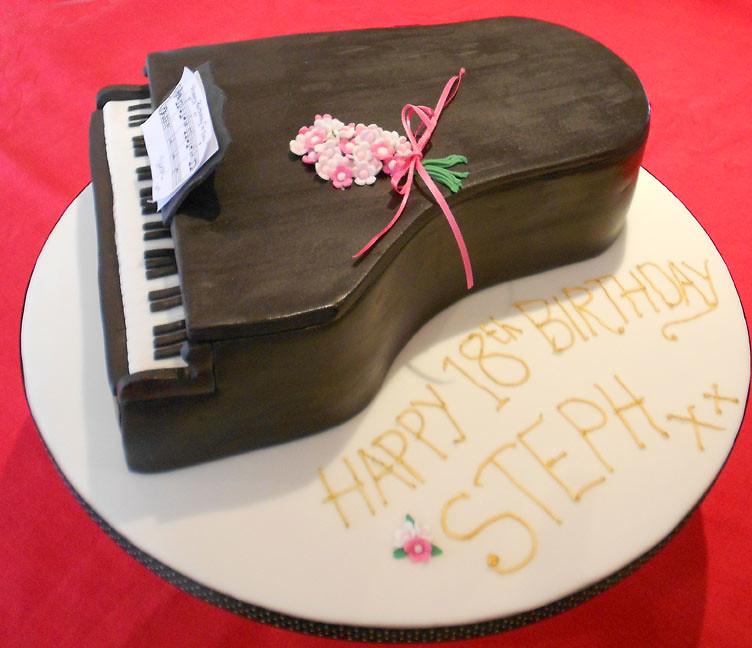 Grand Piano Birthday Cake