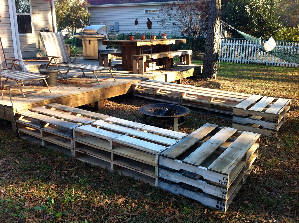 All Sizes Pallet Fire Pit Seating Flickr Photo Sharing