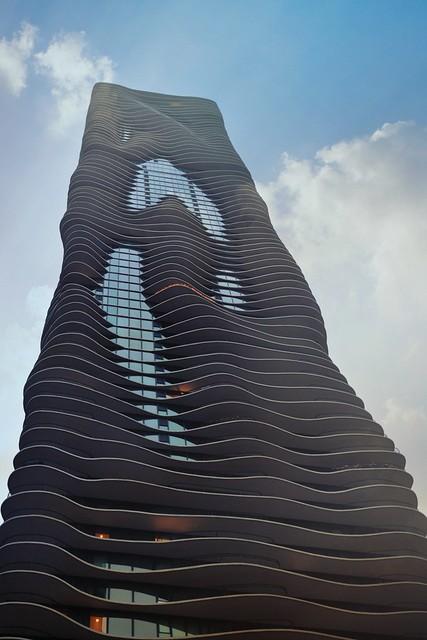 Aqua Tower • Chicago Architecture