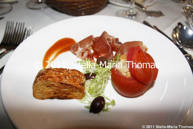 PRIZEGIVING DINNER - PATA NEGRA HAM, FILLED  BAKED TOMATO AND CHEESE FRIED BREAD 003