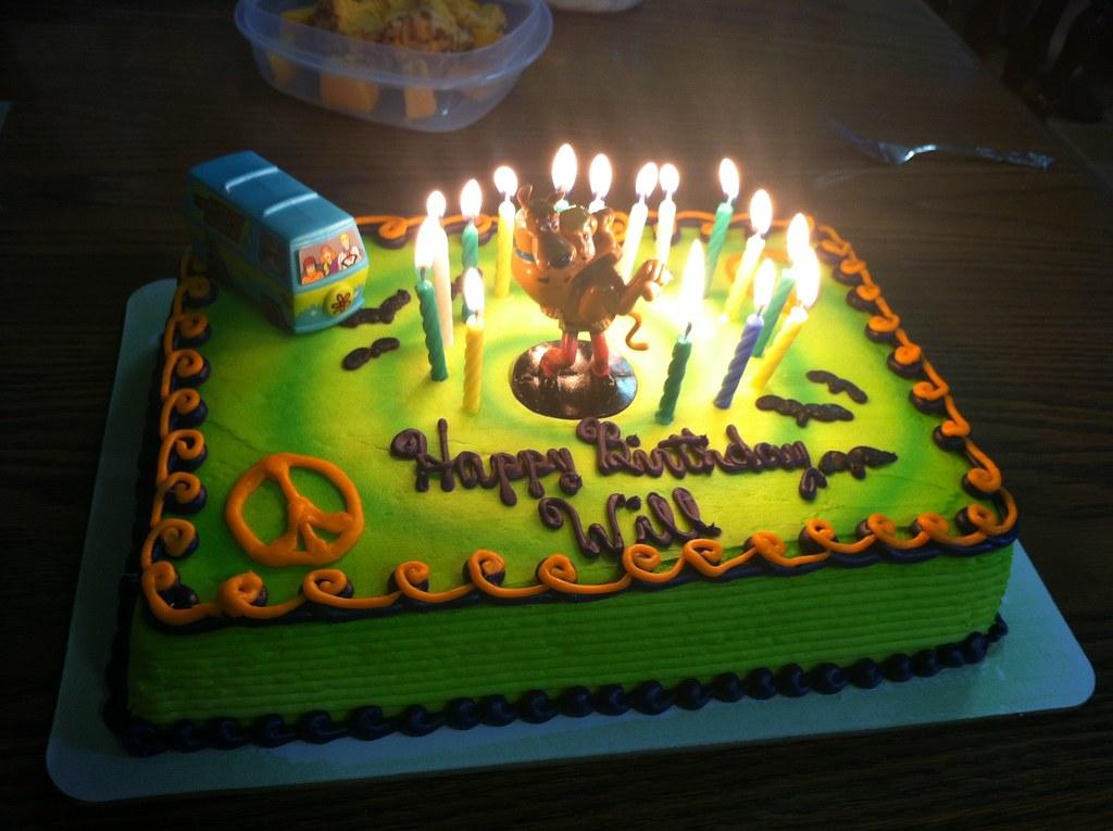 Awesome My Scooby Doo Birthday Cake My Birthday Is 12 12 And I Rec Flickr Funny Birthday Cards Online Alyptdamsfinfo
