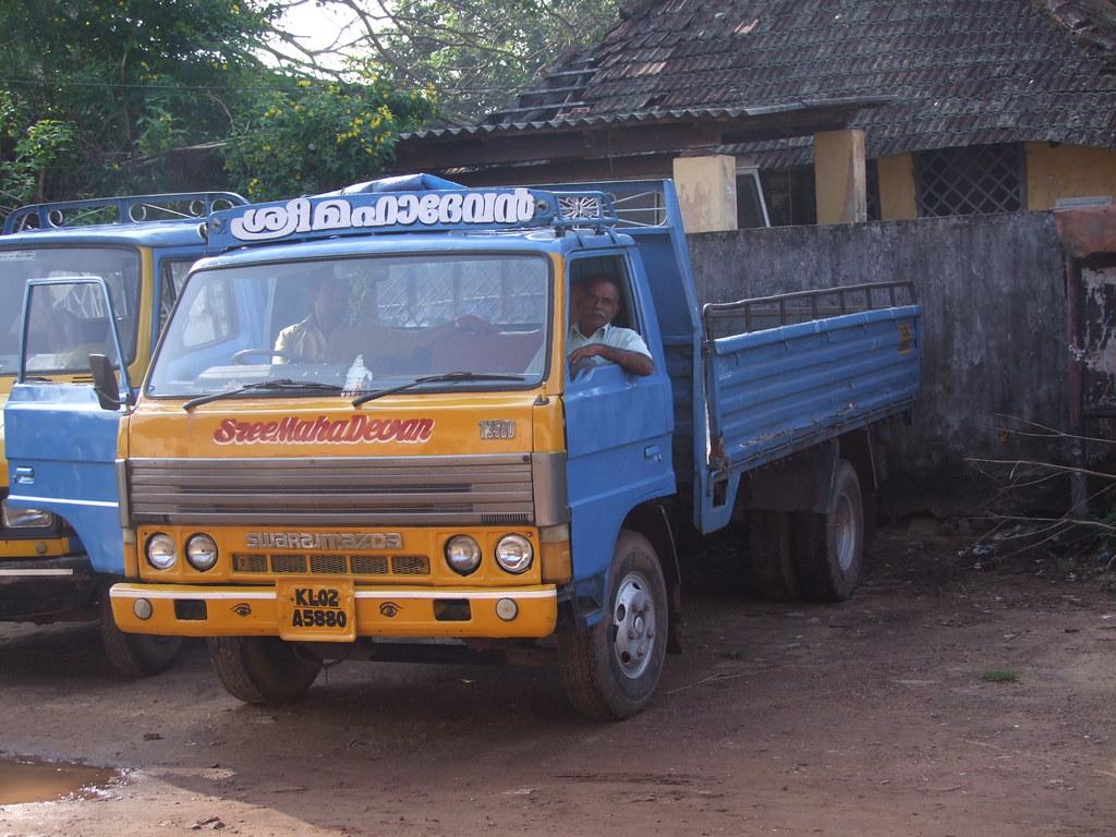 Swaraj Mazda T3500 benne