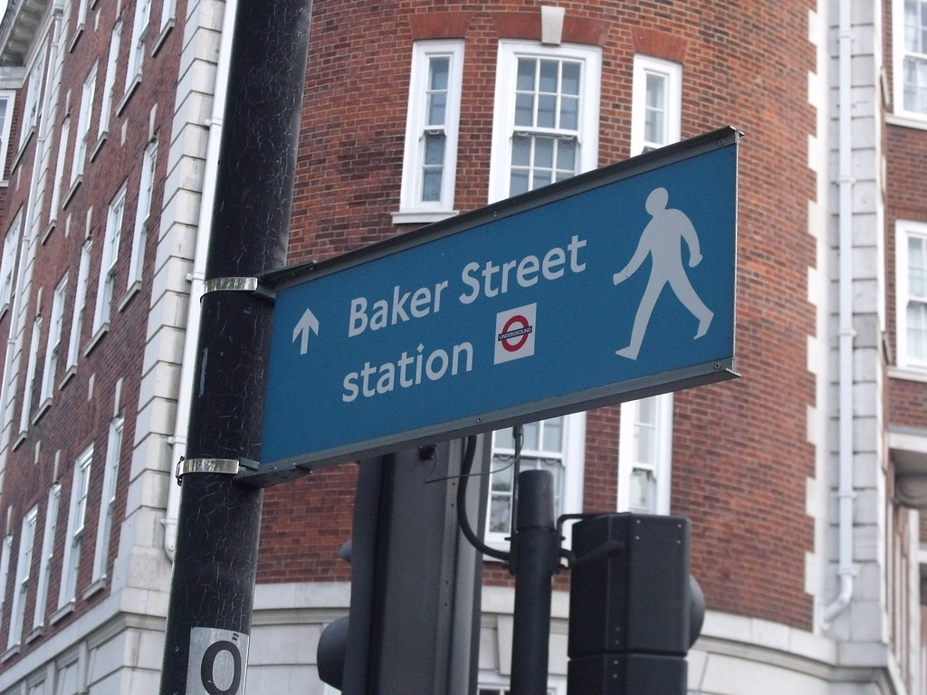 how to get to london zoo via Baker Street Station