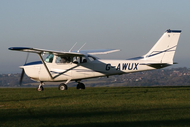G-AWUX