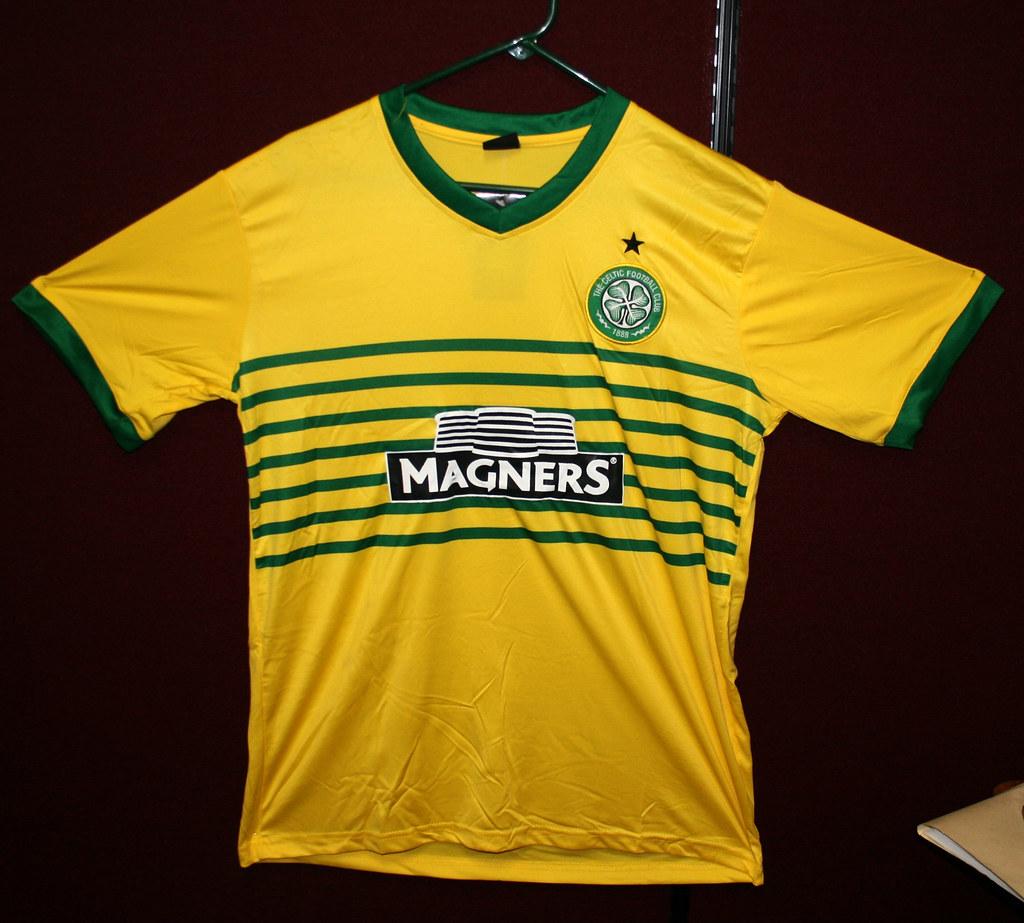 size 40 7ec4a 7662d Counterfeit Celtic Football Club T-Shirt   The Celtic Footba ...