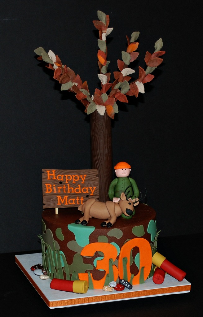 Brilliant Deer Hunter Birthday Cake This Cake Is For A Surprise 30Th Flickr Personalised Birthday Cards Veneteletsinfo