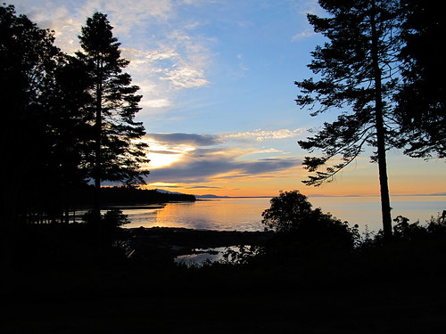sunset summer canada silhouette britishcolumbia lodge hornbyisland 2011 seabreeze