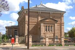 Cowan Street 23, Court House