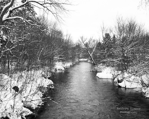 november winter blackandwhite snow nature river landscape nikon pretty natural snowy nikkor waterscape d90 nikkor18105mm falesriver