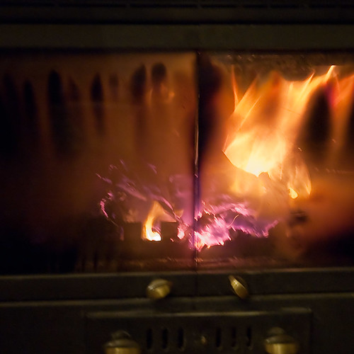 Il vecchio 2011 brucia