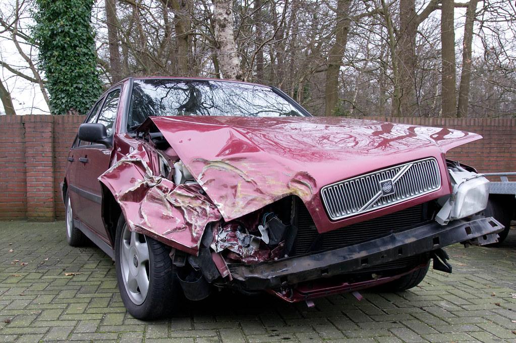 Volvo 440 accident | Volvo 440 accident | Heyjijdaar | Flickr