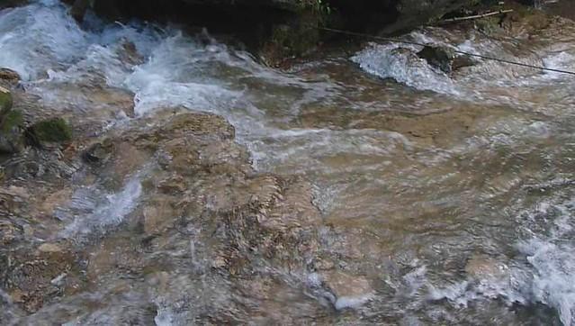 Cascade Eternoz VIDEO