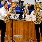 Tuba Duo spielt spezielle Stücke