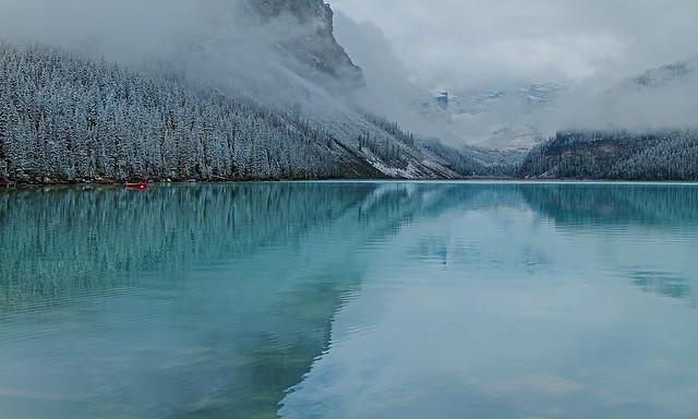 Lake Louise misty Morning