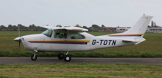 Cessna 210M Centurion G-TOTN Lee on Solent Airfield 2016 | by SupaSmokey