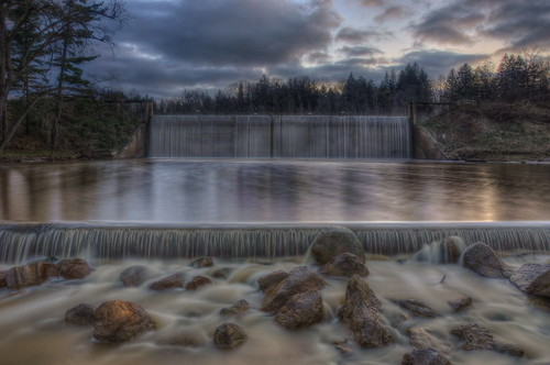 longexposure sunset ohio lake nature water nikon hdr spillway photomatix clevelandmetroparks tonemapped hinckleyreservation nikond90 hinckleylake hinckleyreservoir