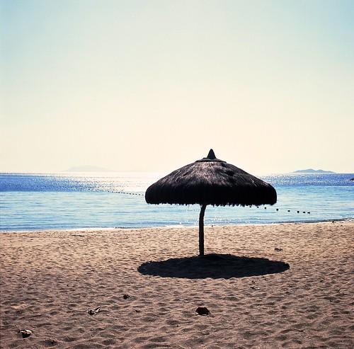 trip travel beach beautiful zeiss mediumformat islands sand personal earth philippines overexposed 5100 emptyobjects 500cm hasselblad500cm incidentmeter vastocean calabarzon carlzeissplanar80mmf28t fujichromevelvia100frvp ourworldisnotperfect