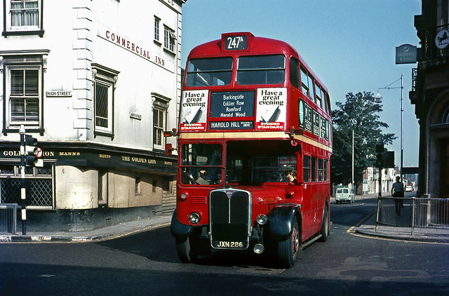 RT908 on the 247A at the Golden Lion ,Romford Jun'68.