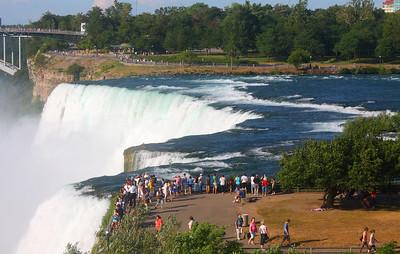 Niagara Falls - شلالات نياجارا  -  Explore
