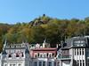 Mayerův gloriet nad karlovarskými střechami, foto: Petr Nejedlý