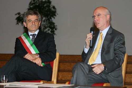 Sergio Chiamparino all'Università del Dialogo