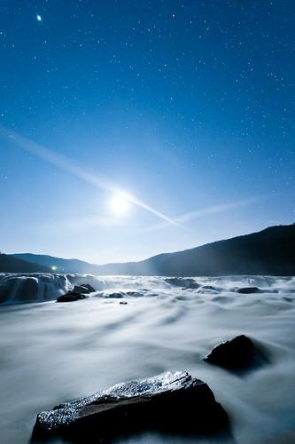 sky moon mountains water night river dark stars waterfall rocks falls wv moonlight jupiter newriver sandstonefalls goassandstonefalls