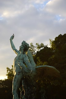 Late Afternoon Glow on Statue, Nationale Plantentuin (National Botanic Garden) | by jean+oliver