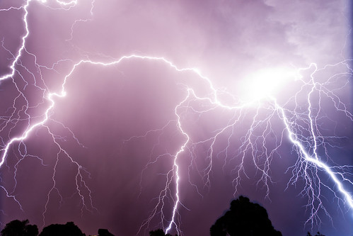 storm clouds perth lightning storms cloudsstormssunsetssunrises