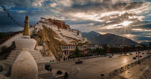 china cn sunrise tibet potola xizangzizhiqu lasashi