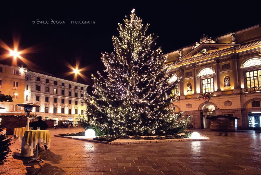 Lugano Natale.001 Piazza Riforma A Natale Lugano