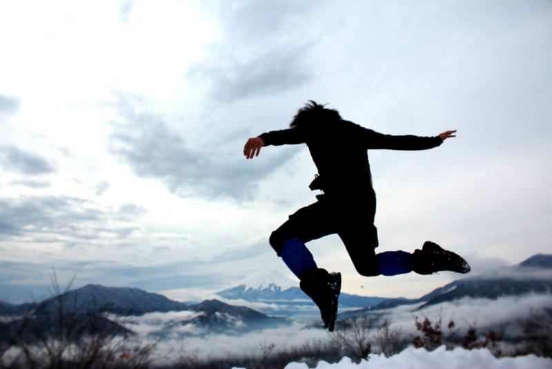 冬の高川山の山頂