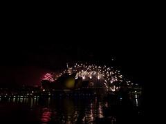 za, 31/12/2011 - 15:22 - 68. De hele Harbour Bridge, een groot vuurwerkspektakel