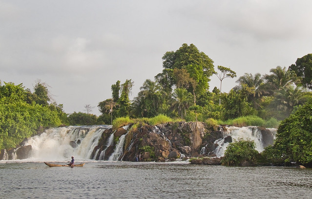 Les chutes de la Lobé - Lobe waterfalls