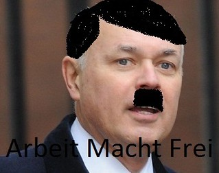 Iain-Duncan-Smith_Hitler
