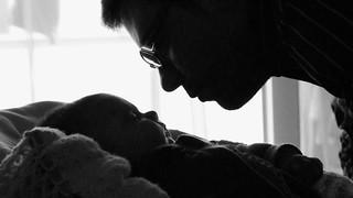 bebé e o pai