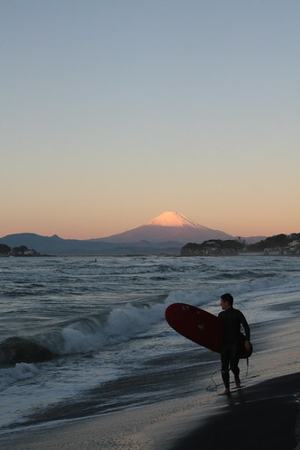 beach japan sunrise canon fuji mt kamakura surfing 日本 fujisan kanagawa xsi 江ノ島 鎌倉 神奈川県 稲村ケ崎 inamuragasaki