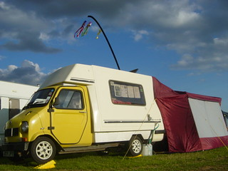 jiffy romahome camper and awning set up