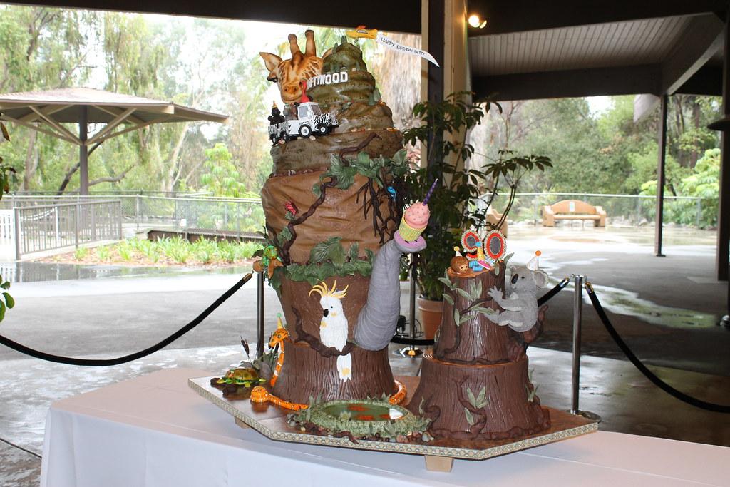 Betty White's Birthday Cake | Taken on January 21, 2012 ...