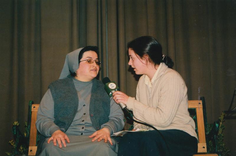 Hermana Clare entrevista a la hermana Glenda en el 2002