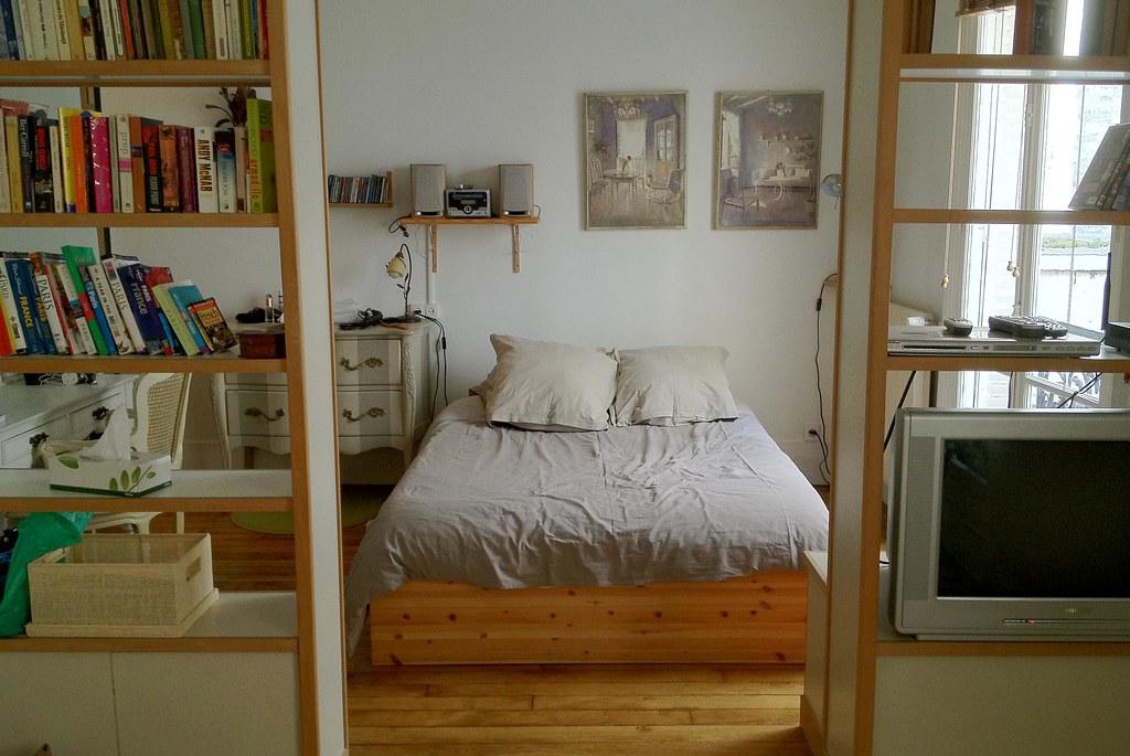 Paris apartment - bedroom area