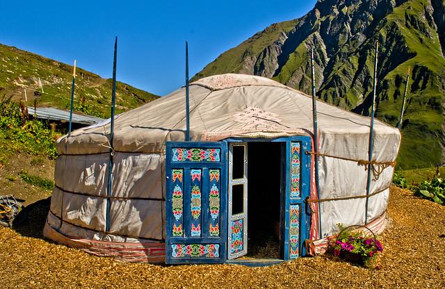 Switzerland : Val ferret ; .Le Sentier de bergers. Refuge-alpage de La Peule 2071 m . 09/01/2010 .11:24:11 .