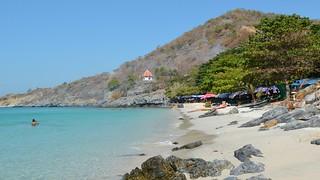 Koh Sichang - Tam Pang Beach   by Philip Roeland